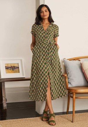 Shirt dress - erbsengrün, tukan-kachelmuster