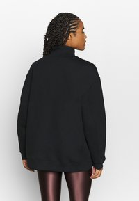 Filippa K - OVERSIZED BRUSHED  - Mikina - black - 2