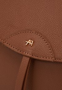 Anna Field - LEATHER - Rucksack - cognac - 3