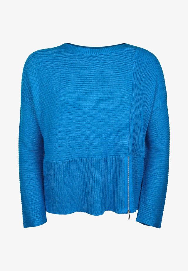 MIT RUNDHALSAUSSCHNITT - Jumper - blue