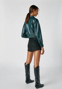 PULL&BEAR - A-line skirt - mottled black - 2