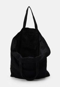 Núnoo - BIG TOTE - Tote bag - black - 2