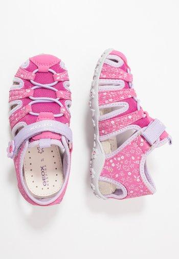 ROXANNE - Walking sandals - fuchsia/lilac