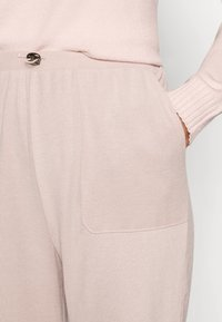 ONLY - PANT - Tracksuit bottoms - misty rose - 4