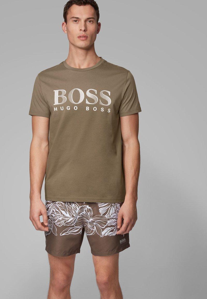 BOSS - T-SHIRT RN - Print T-shirt - dark brown