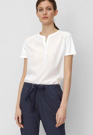 Blouse - white linen