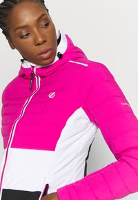 Dare 2B - SUCCEED JACKET - Skijakke - active pink/black - 4