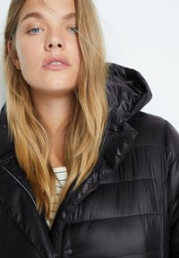 Violeta by Mango - SELLER7 - Down coat - schwarz - 4