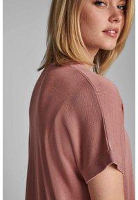 Nümph - NUDARLENE  - Basic T-shirt - ash rose - 3