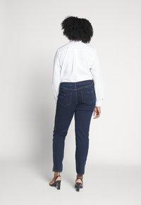 Persona by Marina Rinaldi - ICONA - Slim fit jeans - blu marino - 2