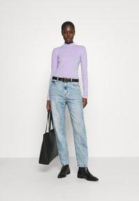 Calvin Klein Jeans - MICRO BRANDING - Long sleeved top - palma lilac - 1
