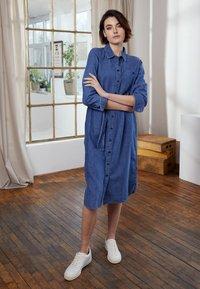 TOM TAILOR DENIM - BELTED DRESS - Day dress - blue denim - 2