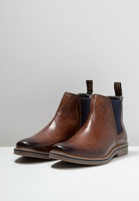 Bugatti - VANDO - Classic ankle boots - cognac - 2