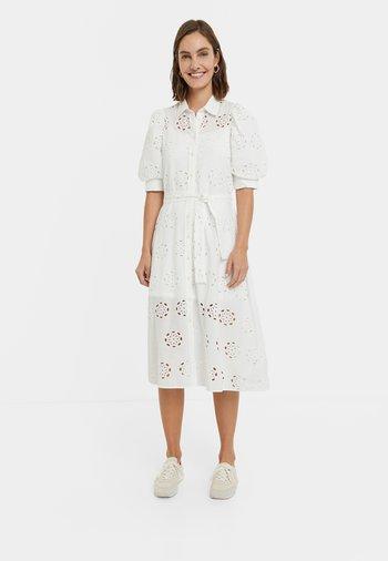 NORIA - Abito a camicia - white