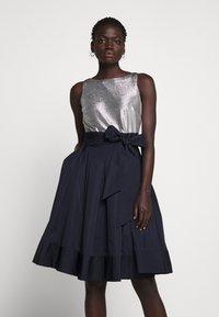 Lauren Ralph Lauren - MEMORY TAFFETA DRESS COMBO - Vestido de cóctel - lighthouse navy - 0
