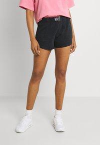 Nike Sportswear - WASH  - Shorts - black - 0