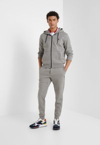 Polo Ralph Lauren - Tracksuit bottoms - battalion heather - 1