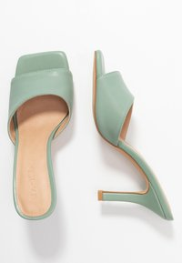 NA-KD - SQUARED TOE STILETTO MULES - Heeled mules - dusty green - 3
