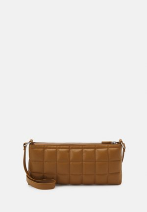 DUNDEE BAG - Handbag - brown