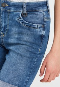 PULZ - Denim shorts - light blue denim - 2