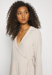 Nly by Nelly - SOFT BLAZER DRESS - Day dress - beige - 4