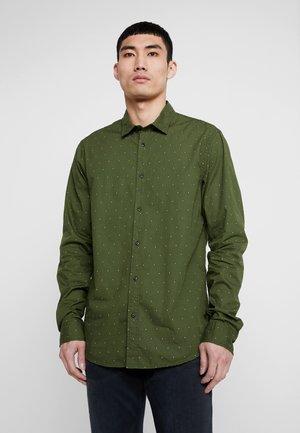 REGULAR FIT  - Shirt - dark green