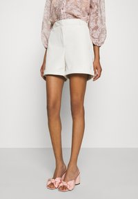 Vero Moda - VMLIA  - Shorts - birch - 0