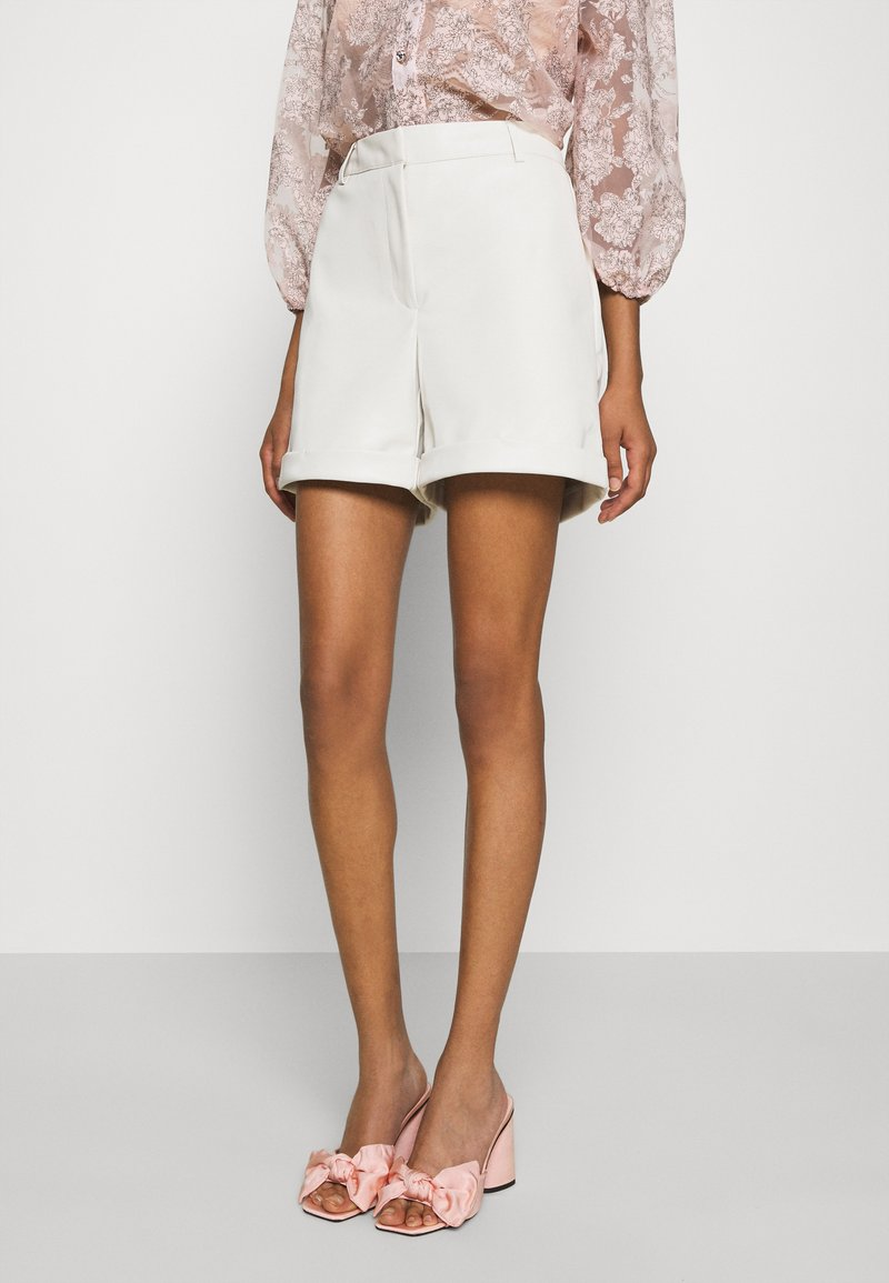 Vero Moda - VMLIA  - Shorts - birch