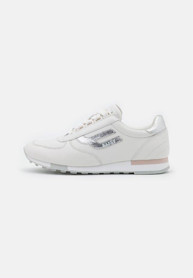 GAVINIA - Sneaker low - silver