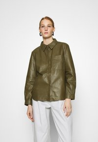 DAY Birger et Mikkelsen - AFTERNOON - Button-down blouse - forest - 0