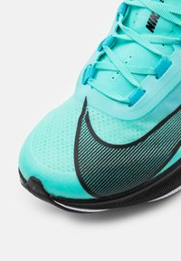 Nike Performance - ZOOM FLY 3 - Neutral running shoes - aurora green/black/chlorine blue/white - 5