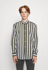 Only & Sons - ONSSANE STRIPED SLIM FIT - Shirt - olive night - 0