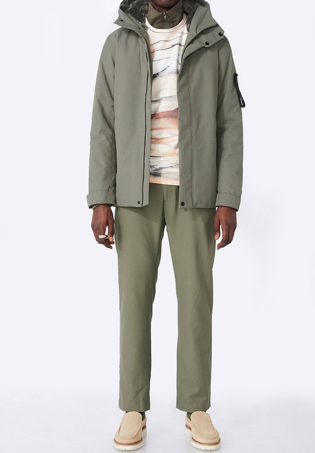 BARNARD - Winter jacket - castor green