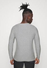 Blend - Stickad tröja - grey - 2