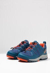 Jack Wolfskin - THUNDERBOLT TEXAPORE LOW  - Hikingschuh - blue/orange - 3