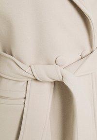 Fashion Union Petite - DELPHINE - Classic coat - cream - 2