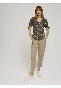 TOM TAILOR - Print T-shirt - khaki small floral design - 1