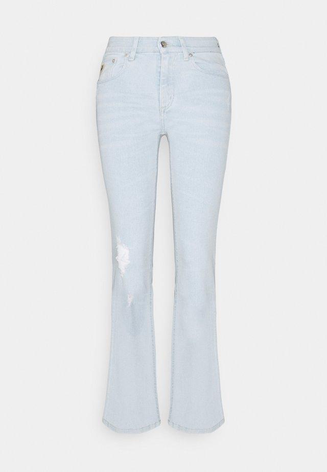 MELINA - Jeans bootcut - super bleach