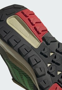 adidas Performance - TERREX TRAILMAKER BLUE WANDERSCHUH - Hikingsko - green - 9