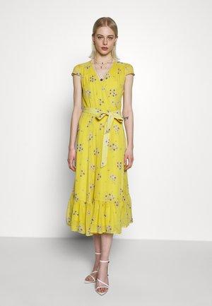 WRAP  - Day dress - fine sunglow