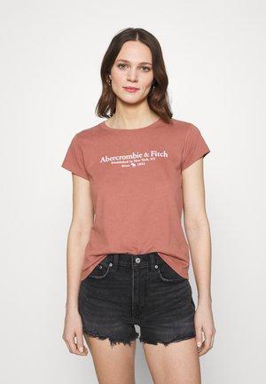 LOGO TEE - T-shirt imprimé - dark pink