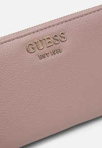 Guess - VIKKY LARGE ZIP AROUND - Lommebok - rosewood - 4