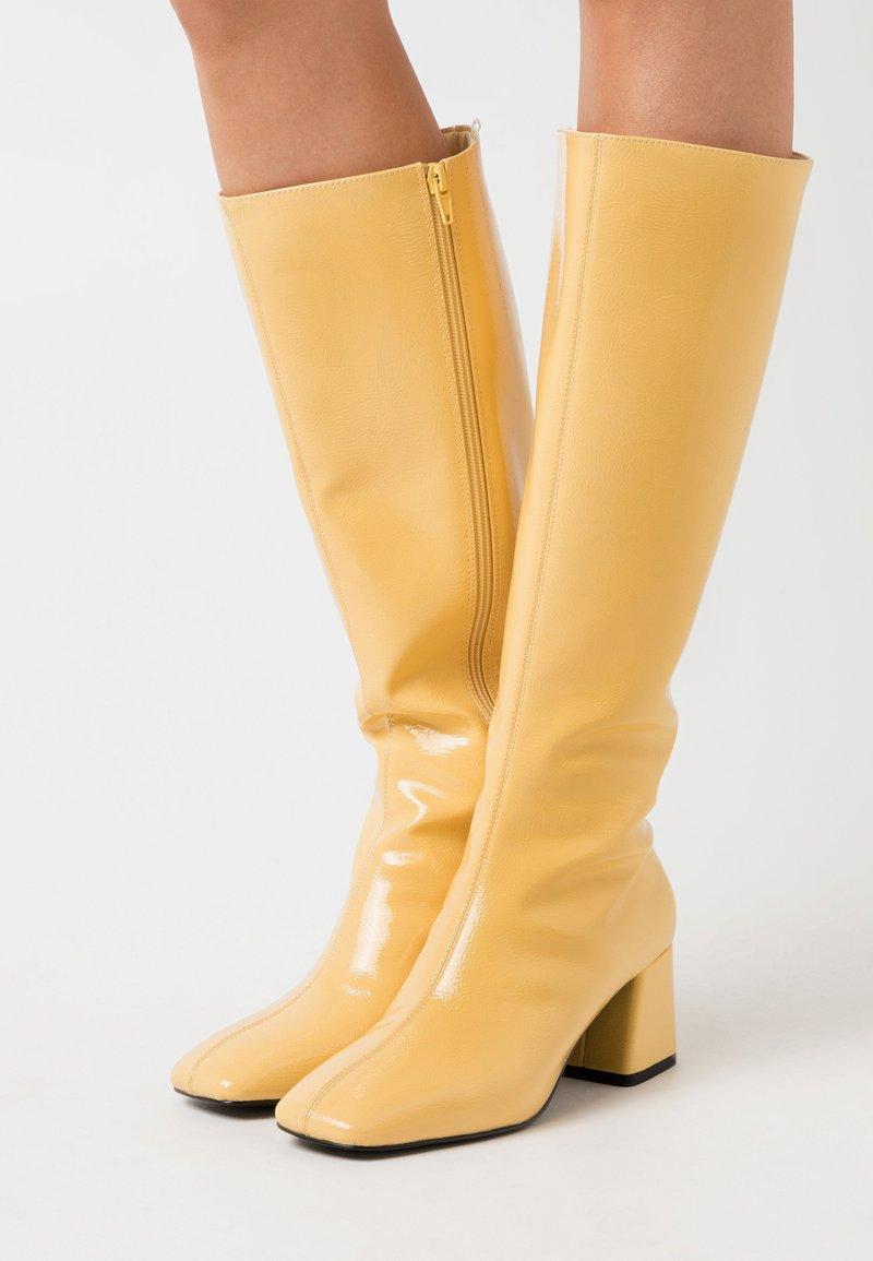 Monki - VEGAN PATTIE BOOT - Vysoká obuv - yellow