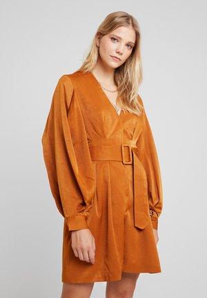 LUXE BELTED WRAP DRESS - Shirt dress - camel