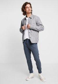 Gabba - PISA PANTS - Trousers - light indigo - 1