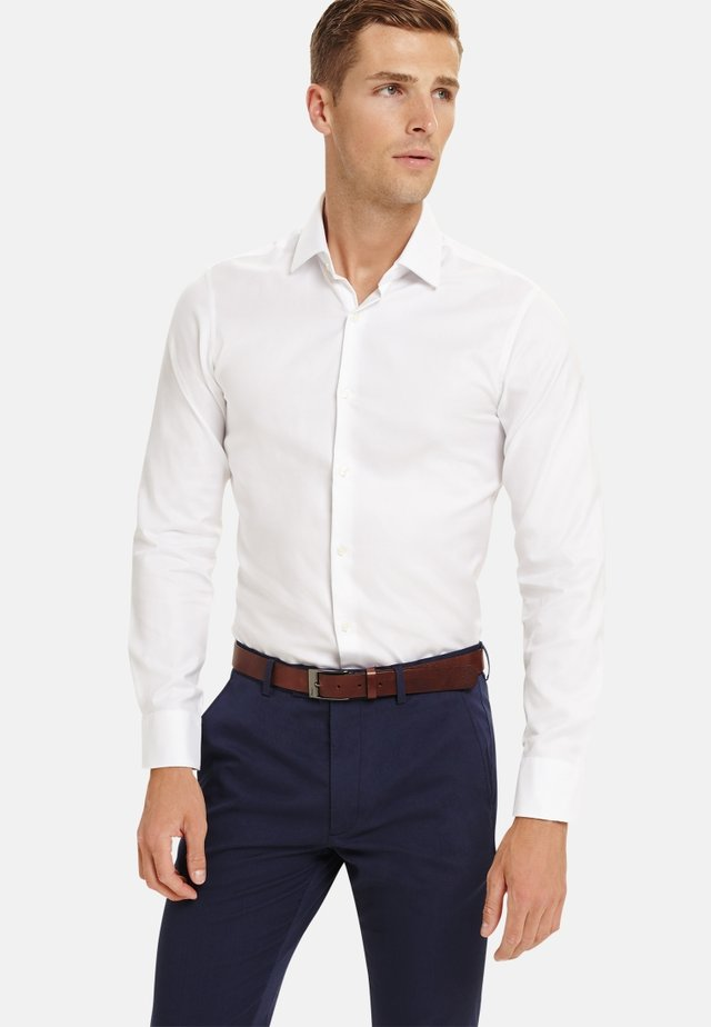 SUPER FITTED TWILL  - Formal shirt - white