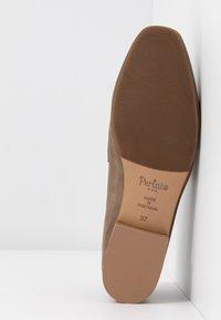 PERLATO - Slip-ons - stone - 6