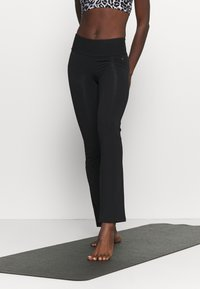 Deha - FIT PANTS - Leggings - black - 0