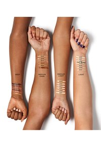 Urban Decay - STAY NAKED CORRECTING CONCEALER - Concealer - 90 wr - 2