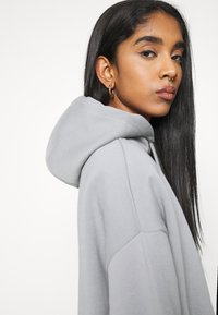Nly by Nelly - OVERSIZED HOODIE - Sweat à capuche - gray/blue - 3